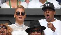 Jay Z & Beyonce -- Cheering On The Champ At Wimbledon (PHOTO)