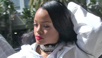 Rihanna in Nice During Terror Attack (PHOTO)
