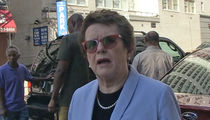 Billie Jean King -- Serena Would Get Blasted By Male Pros (VIDEO)