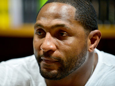 Ray Lewis -- I Snuck Food In Jail ... To Avoid 'Moldy Bologna'