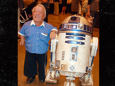 'Star Wars' -- R2-D2 Actor Dead At 81