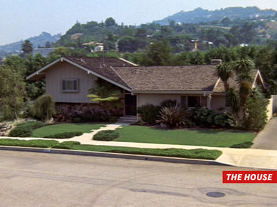 'The Brady Bunch' -- Crooks Break into Famous TV House