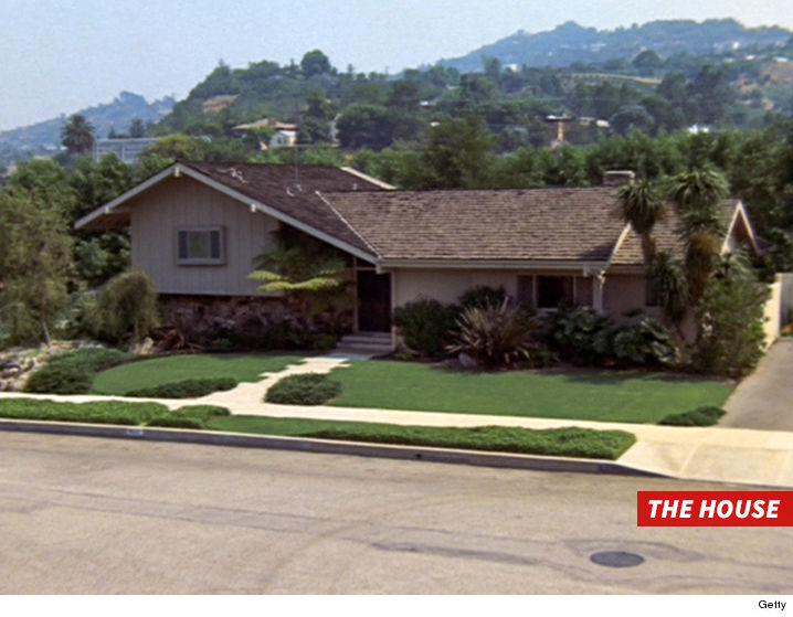 brady bunch house interior pictures. \u0027the brady bunch\u0027 house broken into by crooks bunch interior pictures