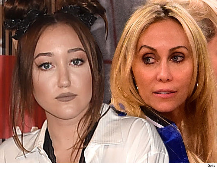 Images Tish & Noah Cyrus Sued -- Thanks for the Rear-End ... Now I Can