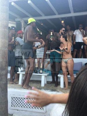 Kevin Durant and Deandre Jordan -- Partyin' in Mykonos