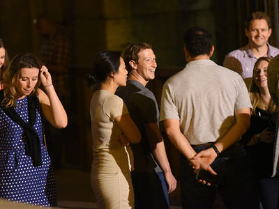 Mark Zuckerberg -- When In Rome ... I Mingle (PHOTOS)