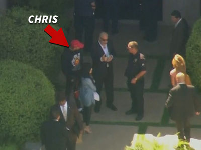 Chris Brown -- Weapons, Drugs Retrieved, But No Arrest