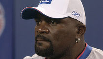 Lawrence Taylor -- Pleads Not Guilty to DUI ... In Cop Car Crash