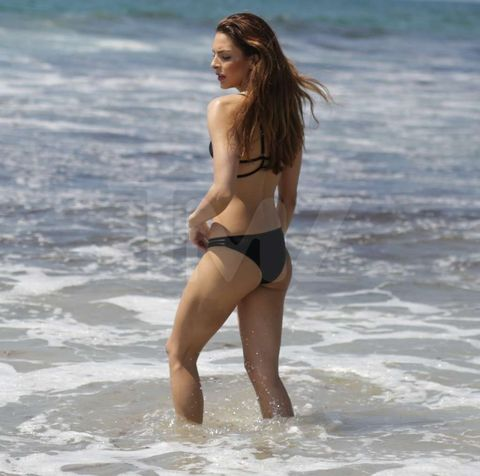 <p><strong>Stephani Costanza</strong> is usually speeding around tracks in fast cars -- but lucky for us ... she took her sweet time soaking at the beach. </p> <p>We got the former Miss Toyota Grand Prix model out in Venice, where she laid out to sunbathe and eventually got wet in the waves. </p> <p>Check out the pics ... Stephani knows how to get the heart racing.</p>