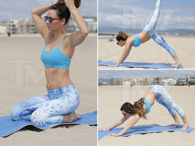 Model Victoria Brown -- Beach Yoga Makes Her Very Hot (PHOTO GALLERY)