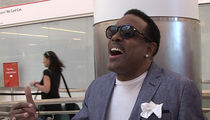 The Gap Band's Charlie Wilson -- 'Star-Spangled Banner' at LAX ... No One Takes a Knee (VIDEO)
