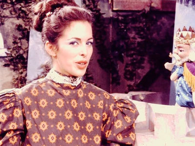 Lady Aberlin on 'Mister Rogers' Neighborhood': 'Memba Her?!