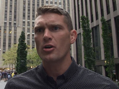 UFC's 'Wonderboy' Thompson -- Cyborg Would Beat Rousey ... Too Damn Strong (VIDEO)