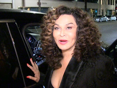 Tina Knowles -- Both My Girls Are Number 1s ... Just Like Michael and Janet! (VIDEO)