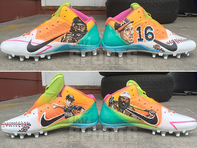 Antonio Brown -- Honoring Jose Fernandez & Kimbo Slice ... With Custom Cleats (PHOTO GALLERY)