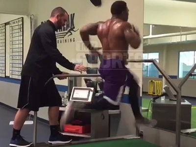 Ray Rice -- Hits 22 MPH on Treadmill ... I Still Got NFL Speed!! (VIDEO)