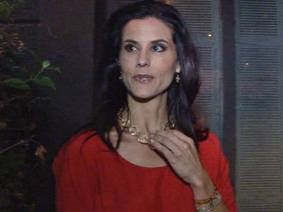 Ex-Miss USA Lu Parker -- Busted for 5 Finger Discount at LAX (UPDATE)