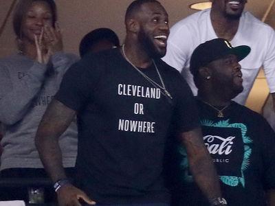 LeBron James -- Shirt Sales Skyrocket ... After World Series Appearance
