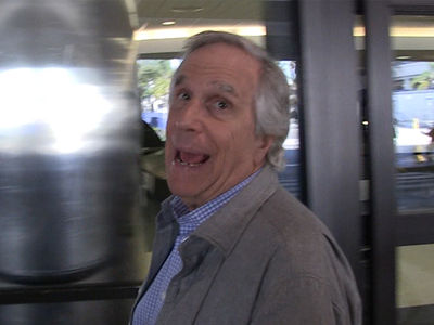Henry Winkler -- Amazing Story About Nazi Escape, Coffin and Spider Plant (VIDEO)