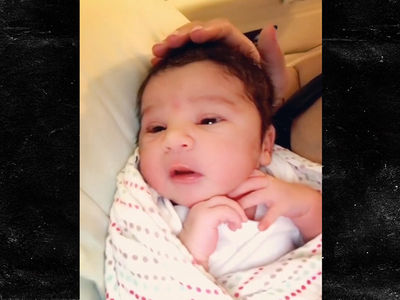 Dream Kardashian -- Wide Awake and Sooo Cuuuuuuuuute! (VIDEO)
