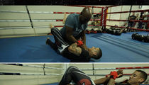 Jerry Rice -- Caught In Ferocious Armbar at MMA Gym ... 'I'm Tappin' Out!' (VIDEO)