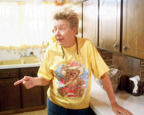 Sandy Martin as Grandma.