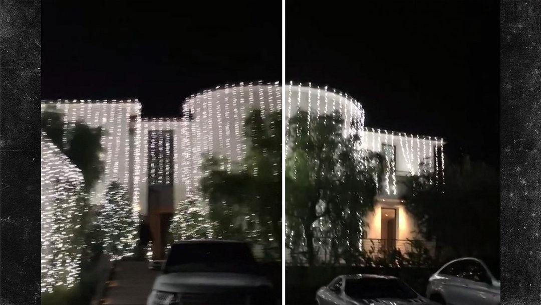 Check Out Kim and Kanye's INSANE Christmas Lights | TMZ.com