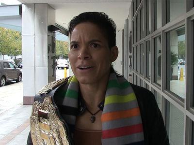 Amanda Nunes: 'Ronda Rousey Blocked Me On Instagram!' (VIDEO)
