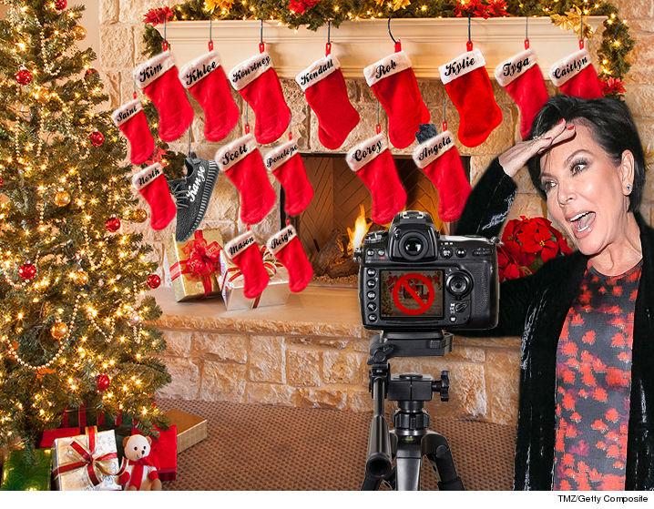 No Christmas Card From The Kardashians This Year | TMZ.com