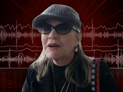Carrie Fisher 'Unresponsive' On Plane, EMTs Get the Call (AUDIO)