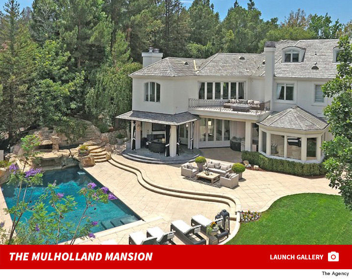 robbie williams doubled on la mansion at 10 million photo - Robin Williams Houses
