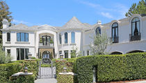Robbie Williams Doubled on L.A. Mansion at $10 Million (PHOTO)