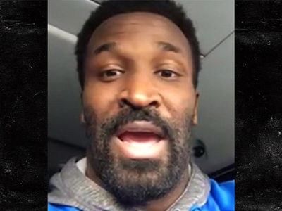 Family Drama Isn't Distracting Aaron Rodgers ... Says James Jones (VIDEO)