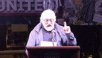 Anti-Trump Rally led by Robert De Niro and Michael Moore in NYC (VIDEO)