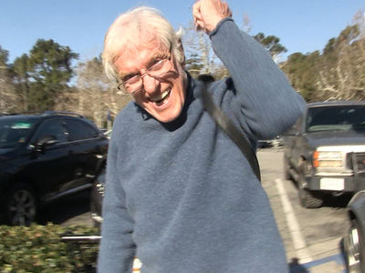 Dick Van Dyke Says Mary Tyler Moore and I Were the Best Team Since Laurel & Hardy!!! (VIDEO)