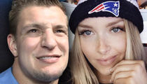Rob Gronkowski Is NOT Dating Ex-Pats Cheerleader ... Get Over It! (PHOTOS)