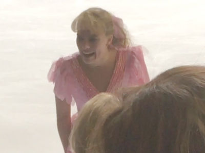 Margot Robbie Perfectly Channels Tonya Harding with 'Suck My D***' Line (VIDEO)