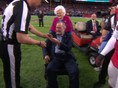 President George H.W. Bush & Barbara All Smiles at Super Bowl LI After Hospital Stint