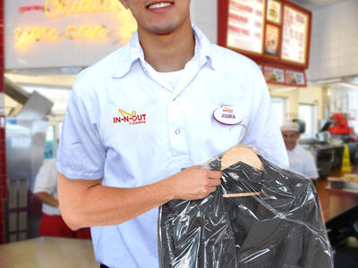 In-N-Out Burger Won't Get Taken to the Cleaners Over Famous Logo (PHOTOS)