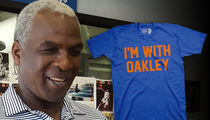 Ex-Knicks Player Chris Smith Selling 'I'm With Oakley' Shirt (PHOTO)