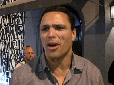 Tony Gonzalez Says White House Boycotts Are 'Silly' (VIDEO)