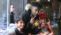 21 Savage Swarmed by Little Kids, Lays Out First Tour Demands (VIDEO)