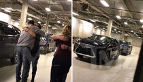 Garth Brooks, 5 Millionth Fans ... You Get a Car, You Get a Car!!! (PHOTOS)