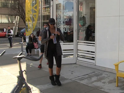 Michelle Obama Hits SoulCycle (VIDEO)
