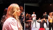 Beyonce Makes a Backstage Surprise at L.A. Dance Show, Freaks Out the Troupe (VIDEO + PHOTO)