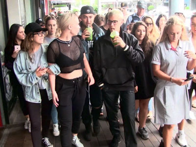 Justin Bieber Celebrates St. Patrick's Day with Green Hangover Juice!!! (VIDEO)