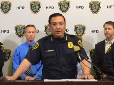Houston PD Blames NFL Security for Stolen Tom Brady Jersey