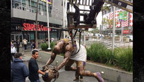 Shaq's Slam Dunk Lakers Statue ... REVEALED! (PHOTO)