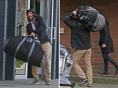 Casey Affleck Airs Dirty Laundy (PHOTOS)