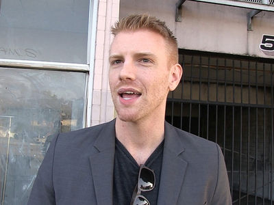 'Walking Dead' Star Daniel Newman Says LGBT Kids Triggered Decision to Come Out (VIDEO)